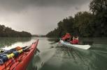 Au loin, le barrage de Chancy